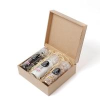 Kit com três moedores de temperos gourmet em caixa de madeira